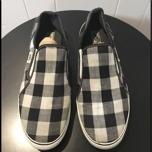 Vans Black/White Checkered Slip on Sneakers